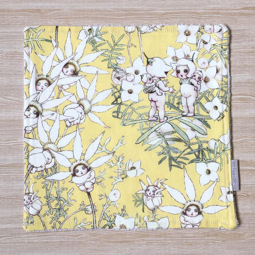 Snuggle and Squish Bamboo Wash Cloth - May Gibbs Flannel Flower Lemon