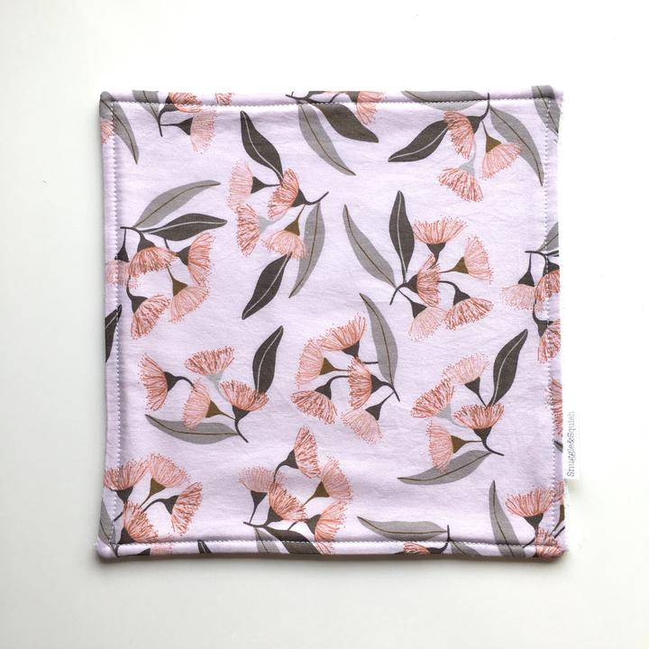 Snuggle and Squish Bamboo Wash Cloth - Gumnut Blossom