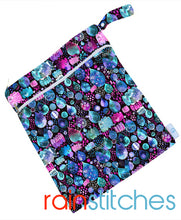 Load image into Gallery viewer, BubbleBubs Reusable Regular Wet Bag - The Nappy Bucket