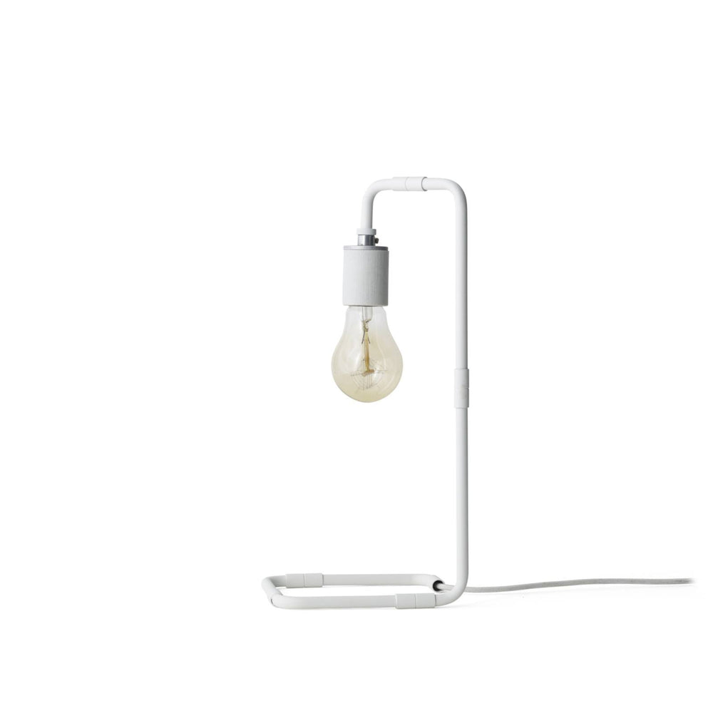 menu reade bordlampe hvid