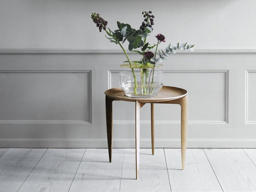 fritz hansen tray table eik