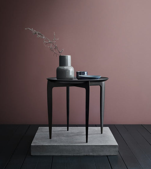 fritz hansen tray table svart