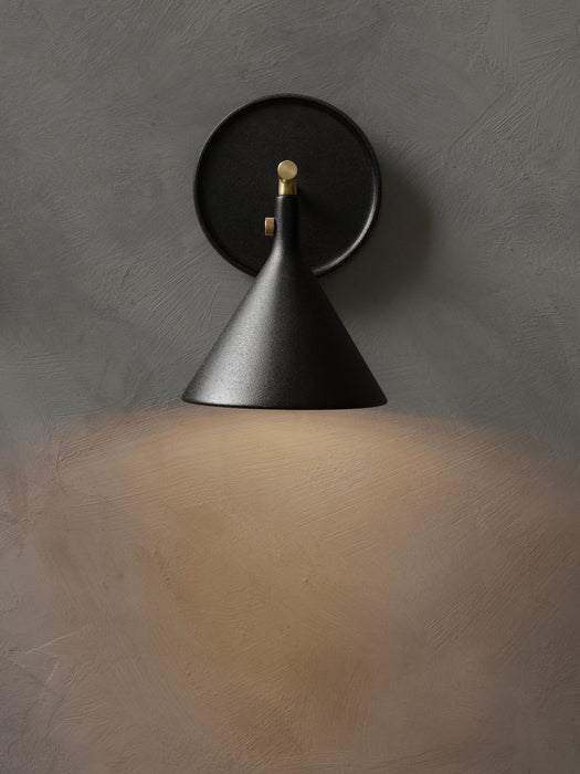 menu cast sconce vegglampe