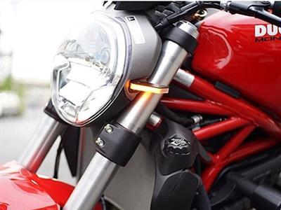 NEW RAGE CYCLES Ducati Monster 1200R Front LED Turn Signals