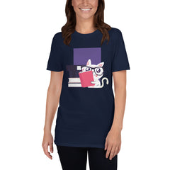 Reading Cat Women's T-Shirt