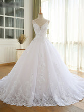 Gorgeous Ball Gown Wedding Dresses V Neck Lace Appliques Bridal Gown With Long Train WD309