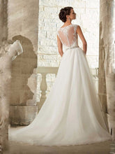 Round Neck A Line Lace Tulle Beach Wedding Dress Bridal Gown WD338
