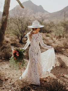 Unique Bride Chic Bohemian Wedding Dress Full lace Open Back Long Sleeves Boho Bridal Gown WD384