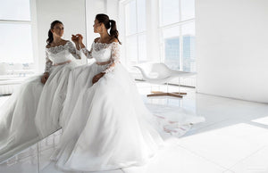 Elegant Long Sleeves Boat Neck Plus Size Wedding Dresses  Lace Tulle Bridal Gown WD306