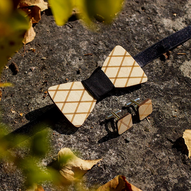 Wooden bowtie and cufflinks made from Finnish birch plywood.