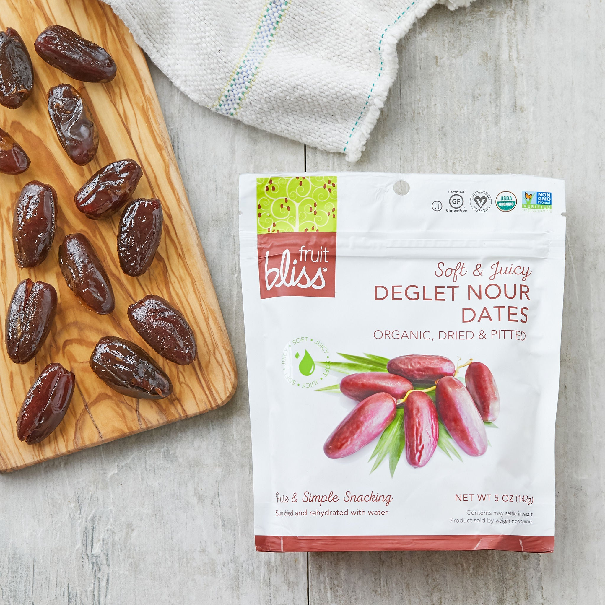 Fruit Bliss Organic Deglet Nour Dates Snacks 5 oz. (Case of 6)