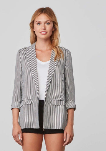 Cupcakes and Cashmere DOVE Blazer