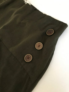 Flounce Pants with Brass buttons.