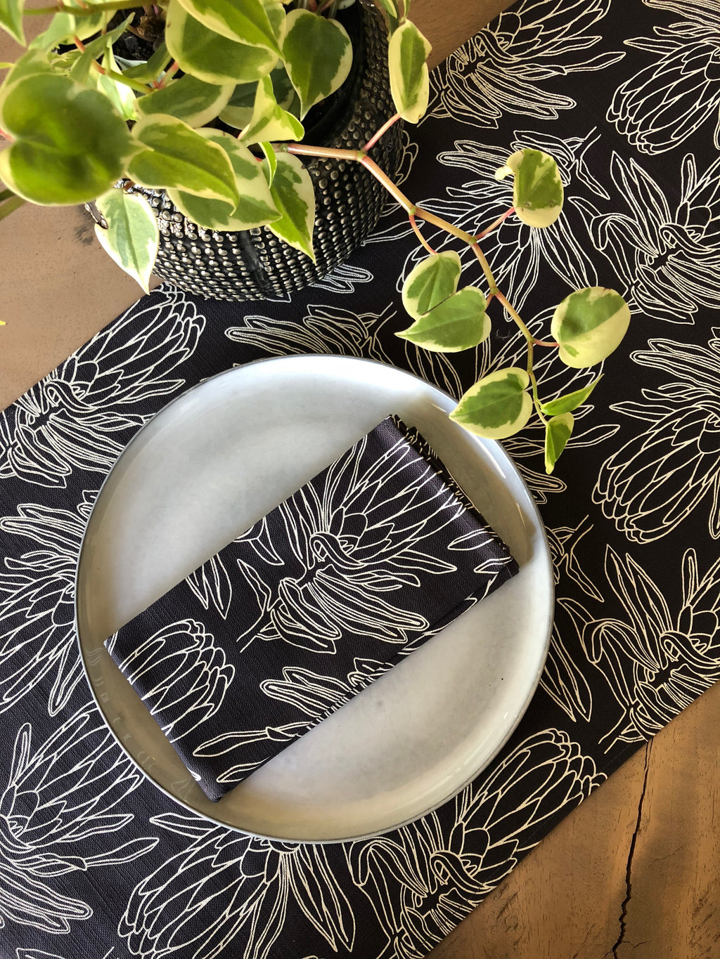 Peppertree Table Runner Standard - Small Line Protea Prime Parchment Op on Charcal