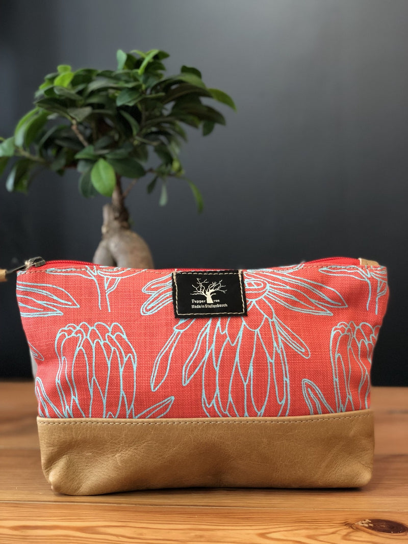 Peppertree Large Zip Purse / Small Line Protea Aqua on Masala