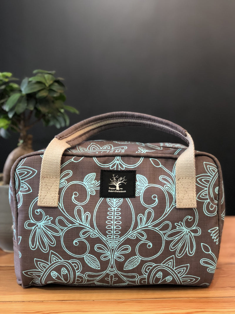 Peppertree Overnight Toiletry / Filigree Aqua on Taupe