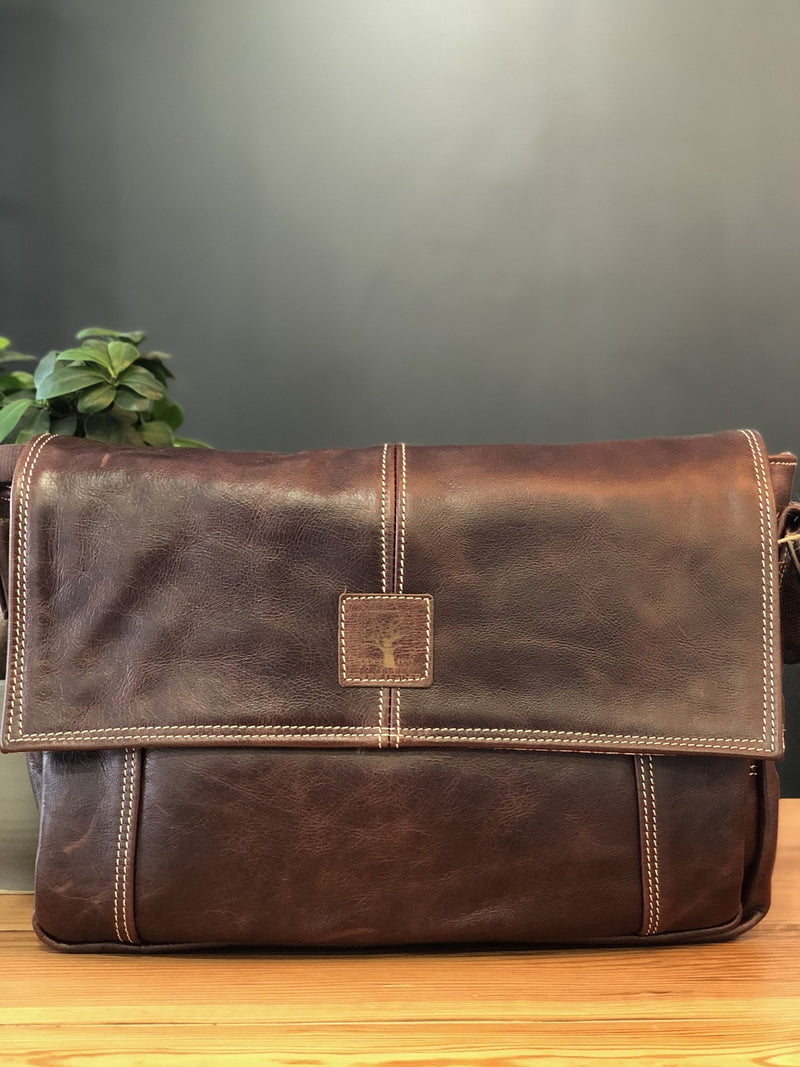 Peppertree Dark Leather Laptop Bag