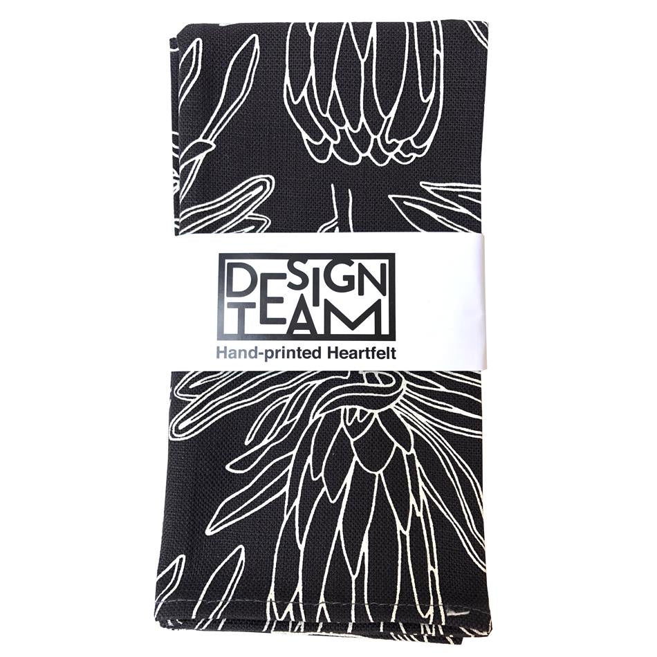 Peppertree Napkin Set of 2 - Small Line Protea Prime Parchment OP Charcoal