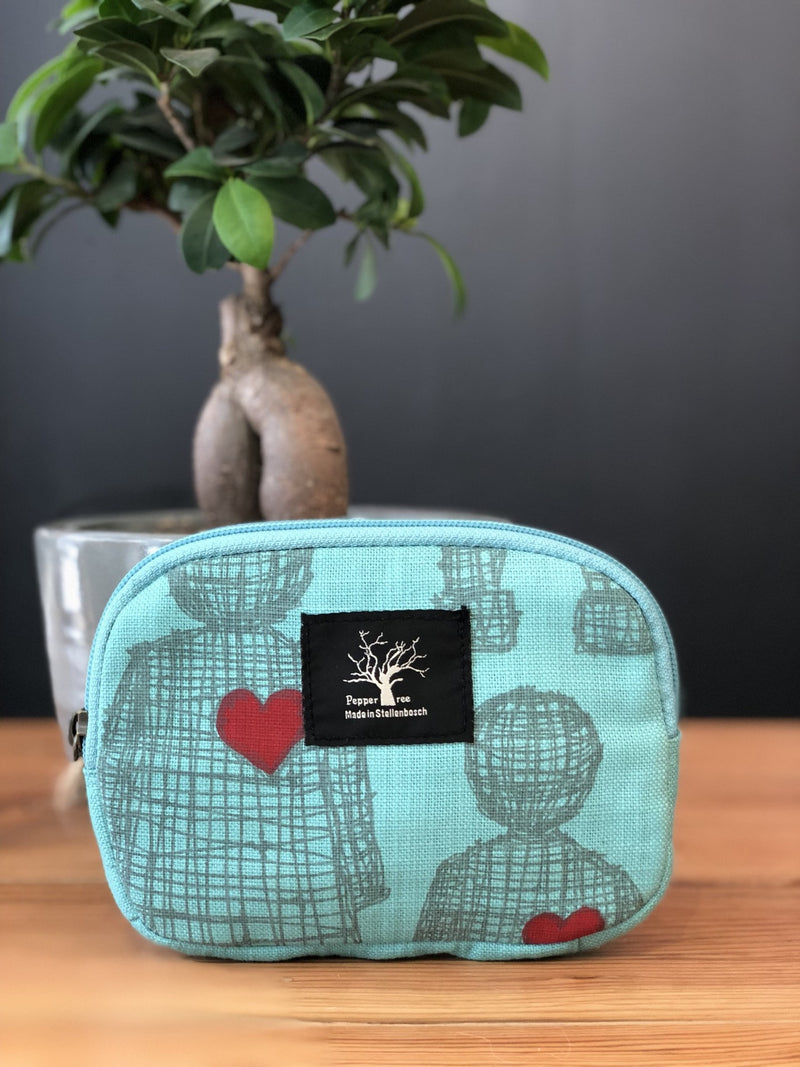 Peppertree Structured Purse Love Doll Lise Grey Drum Red Heart on Aqua