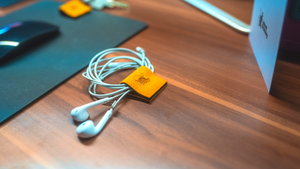 Agent Monkey Multitool | Cable Organizer | Ocean Yellow