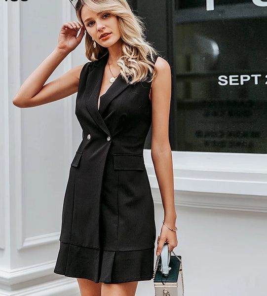 Sleeveless white/black short blazer dress