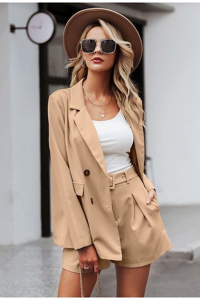 Elegant 2 piece blazer shorts suit