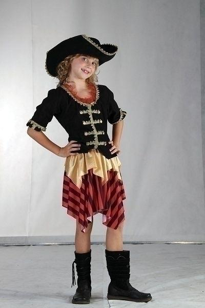 Buccaneer Sweetie Large Childrenss Girls Large 9 12 years Black Red Gold