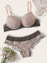 Load image into Gallery viewer, Contrast Mesh Lettuce Trim Lingerie Set