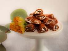Load image into Gallery viewer, Chocolate Marshmallow Caramels