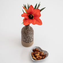 Load image into Gallery viewer, Reactive Glaze Vase