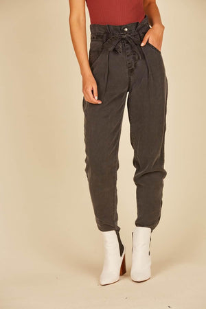 High Waisted Tencel Cargo Pant