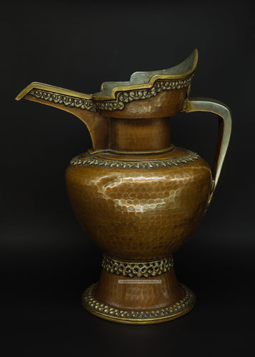 Bronze Wine pot made in Ladakh - the ladakh art palace