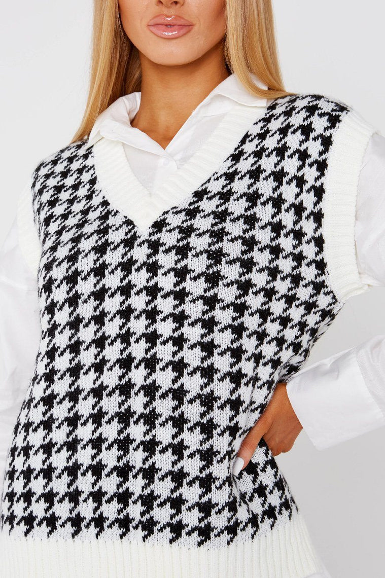 White & Black Dogtooth Thick Knitted Tank Top