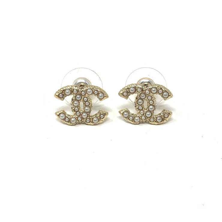Chanel Pearl CC Logo Earrings Gold Consignment Shop From Runway With Love