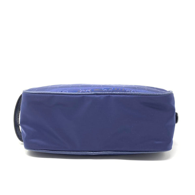 Gucci navy Blue Nylon Toiletry Bag Cosmetic Consignment Shop From Runway With Love