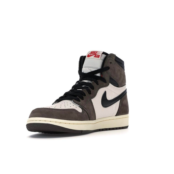 Jordan 1 Retro High Travis Scott w/ Tags - Size 10