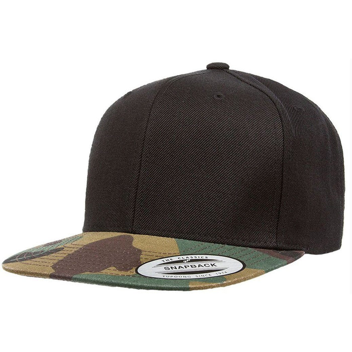 Camo 5-panel, structured, high-profile hat with white text Woof