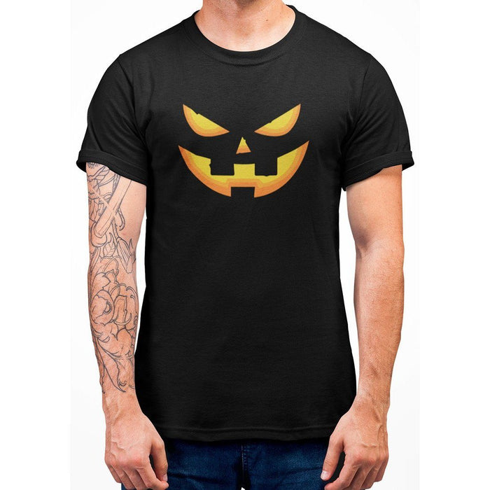 Black tshirt with image of a pumpkin face