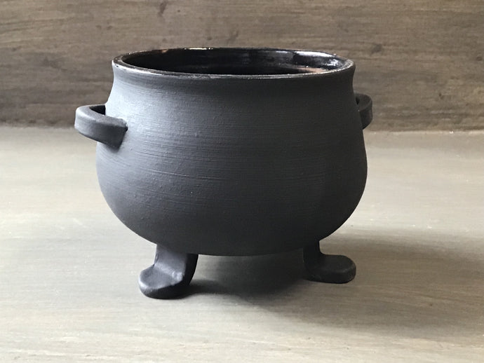 Cauldron bowl