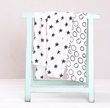 Load image into Gallery viewer, Mi Supersize Muslin Blanket - Black stars
