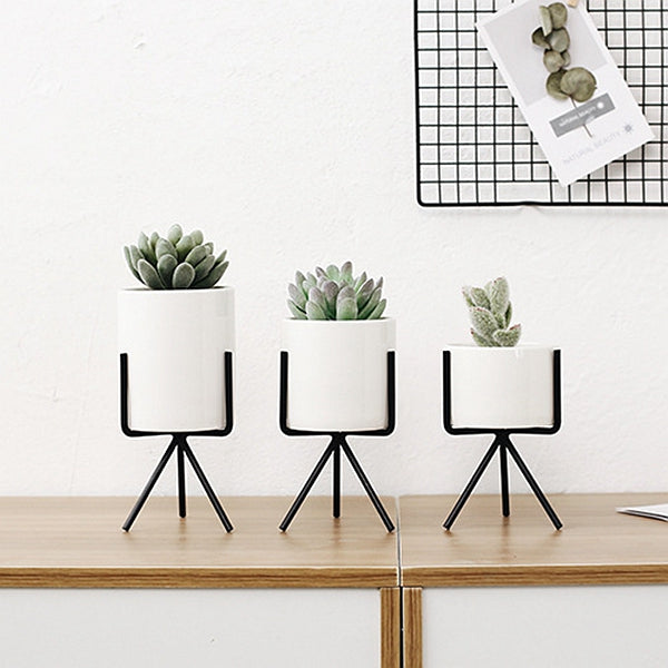 Set of 3 Ceramic Flower Pots with Tripod