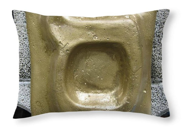 Golden SAMEKH - Throw Pillow - ALEFBET - THE HEBREW LETTERS ART GALLERY