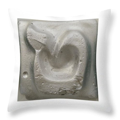 Silver TET - Throw Pillow - ALEFBET - THE HEBREW LETTERS ART GALLERY