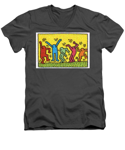 Tribute to Haring - Men's V-Neck T-Shirt - ALEFBET - THE HEBREW LETTERS ART GALLERY