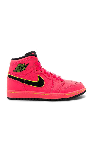 Air Jordan 1 Retro High 'Hot Punch'