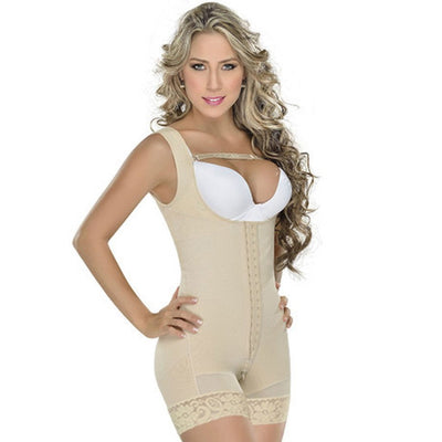 Mid-thigh body shaper. Made of Powernet. High compression. Ideal for daily and post-surgical use. High on back to improve your posture. Implant stabilizer strap included. Braless. Pair it with your favorite bra. Wide adjustable straps. Improves your postu