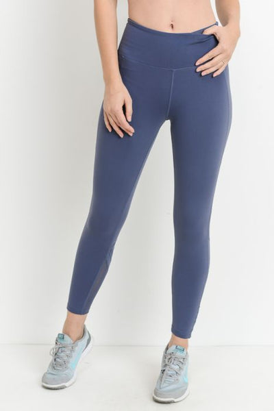 Star Mesh Full Leggings (AP1812) Deep Blue grey These full-length leggings is decorated with a starburst mesh accent on the back of the calves. The hidden pouch on the waist band is perfect to store your phone for a hands-free activity! 88% polyamide, 12% elastane. Moisture wicking. Four-way stretch. Made in China.