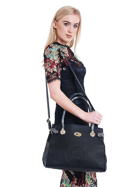 Holly Black Designer Dog Carrier - Posh Pawz Fashion