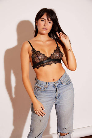 Cute, high-quality, affordable, sexy, trendy, beautiful, women's fashion top, celebrity favorite, and comfortable lace bra bralette