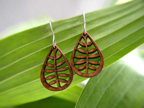 Jewelry: Leafy Earrings in cherry.